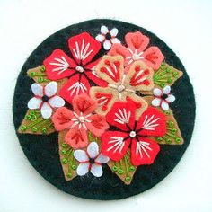 How to make felt brooches