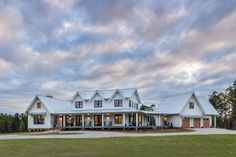 This modern farmhouse is a beautiful compilation of utility and aesthetics. - This modern farmhouse is a beautiful compilation of utility and aesthetics. Exterior products are f - Modern Farmhouse Exterior, Modern Farmhouse Kitchens, Farmhouse Homes, Farmhouse Plans, Farmhouse Design, Rustic Farmhouse, Farmhouse Style, Ranch Style Homes Country, Rustic Style