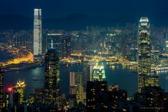 Porta de entrada para a Ásia, Hong Kong é feita para ser vista à noite