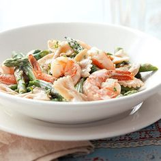 Pasta with Asparagus and Shrimp