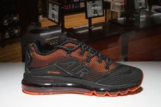 Wholesale Cheap Nike Air Max 2018 Elite Orange Black Shoes the highlight is a Rainbow across the translucent outsole which displays shades of Purple, Blue, Green, Yellow and Pink. All Nike Shoes, Buy Shoes, Men's Shoes, Shoes Sport, Sports Shoes, Running Shoes, Mens Nike Air, Nike Air Vapormax, Nike Men