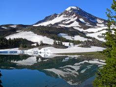 Sisters, Oregon Wilderness: South Sister & Camp Lake
