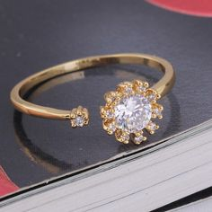 Fashion Design 18K Gold Plated High Quality Copper Finger Ring Inlay Zircon Three Sizes