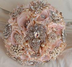 CUSTOM Blush Pink Brida lBrooch Bouquet Just stunning for a blush pink wedding!