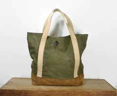 575cc2563bd Extra Large Vintage Army Green Duffle Canvas and Brown Leather Tote ...