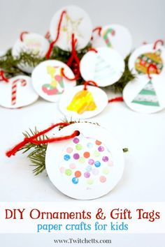These Christmas gift labels are perfect for your holiday gift tags. Let your kids help you wrap presents with this simple Christmas craft for kids. Diy Holiday Gifts, Christmas Crafts For Kids, Diy Christmas Ornaments, Simple Christmas, Christmas Ideas, Merry Christmas, Christmas Recipes, Ornament Crafts, Holiday Crafts
