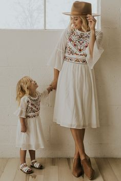 Mom Daughter Matching Dresses, Mommy And Me Dresses, Mommy And Me Outfits, Girl Outfits, Fashion Outfits, Kids Fashion Dresses, Mommy Baby Matching Outfits, Emo Fashion, Mother Daughter Fashion
