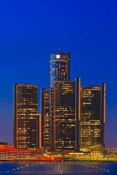 GM Building, skyline of Detroit, Michigan, USA seen from the city of Windsor, Ontario, Canada.