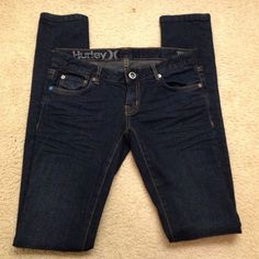 """Like new Hurley Skinny jeans Super cute like new worn once skinny jeans inseam is 34"""" Hurley Jeans Skinny"""