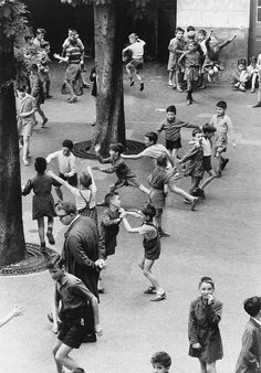 The recreation, Paris 1956 by Robert Doisneau Robert Doisneau, Street Photography, Art Photography, Photography Office, Camille Claudel, Henri Cartier Bresson, French Photographers, Photojournalism, Vintage Photographs