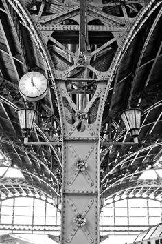 Vitebsky railway station, Saint Petersbourg, Russia. (la belle époque) #Architecture