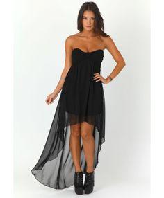 this would be way prettier without the high low skirt