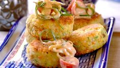 When it comes to fish recipes, these Thai fish cakes are absolutely moreish and can be made with inexpensive fish, making it a great simple dinner recipe. Thai Recipes, Fish Recipes, Easy Dinner Recipes, Seafood Recipes, Cooking Recipes, Thai Fish Cakes, Sandwiches, Good Food, Yummy Food