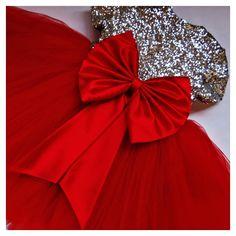 Шикарное нарядное платье для маленькой принцессы. Пошив на заказ. 3 года - 4000р.