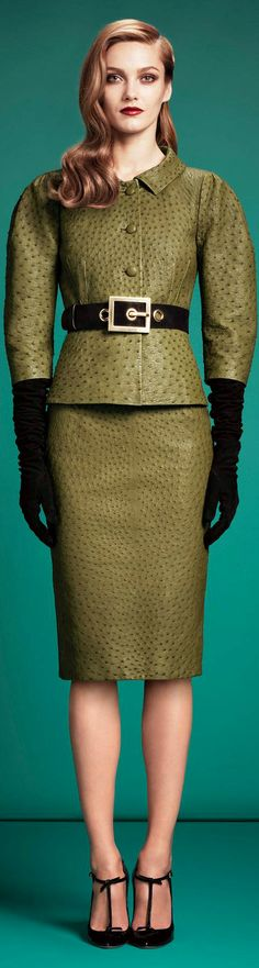 Gucci made a skirt suit out of ostrich skin. *gasps*