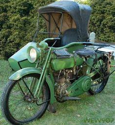 1918 Harley Davidson