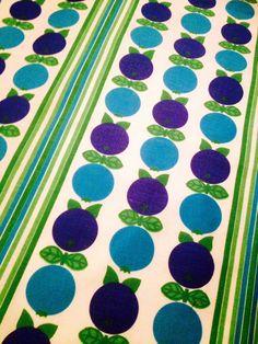 Swedish vintage retro fabric. 60s with a mod apple by Inspiria