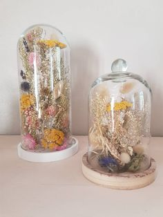 Floral Room, Deco Floral, Floral Design, Mini Glass Bottles, Glass Domes, Dried Flower Bouquet, Dried Flowers, Flowers In Jars, Spring Plants