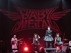 Babymetal - Su-metal ( Suzuka Nakamoto), Yuimetal (Yui Mizuno), Moametal (Moa Kikuchi) & the Kami Band   by Peter Hutchins
