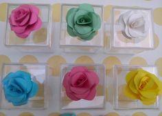 Lembracinha com Flor de Origami