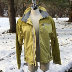 a0bb9729193 Cloudveil Winter Coat Jacket Womens Size Medium M Zero-G Yellow Primaloft