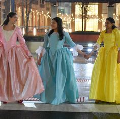 Get all three Schuyler sister gowns. Three Person Halloween Costumes, Fox Halloween, Group Halloween Costumes, Group Costumes, Halloween 2018, Halloween Cosplay, Eliza Hamilton Costume, Hamilton Cosplay, Sister Costumes