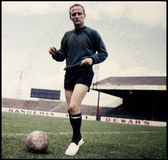 Player / Manager Photograph | The Everton Collection Alex Young www.theevertonforum.com
