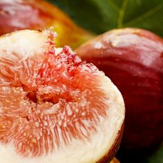 Rich in Vitamin A and Beta-carotene, Fig extract offers many benefits for the skin. Not only will the skin feel more hydrated, but the skin's texture will feel more smooth and supple!