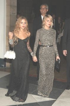 Olsen twins…which ever one is the one on the right…her look is on point…. love everything about it