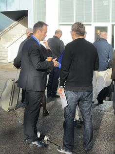 IRW-Press CEO und Chefredakteur des Smallcap-Investor im Gespräch mit Abonnenten.