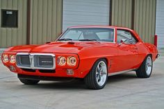 Here you will find Awesome Muscle Cars. Visit Muscle Cars HQ and find collection of the Best Muscle Cars with videos. Old School Muscle Cars, Best Muscle Cars, American Muscle Cars, 1969 Firebird, Pontiac Firebird Trans Am, Firebird Formula, Rat Rods, Pontiac Cars, Pony Car