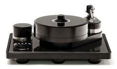 Brinkmann Balance Turntable. An Audiophile delight.