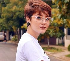 Haircut,PixieHaircut-How to Get a Radical Makeover with a Pixie Cut; How To Cut Bangs, Short Hair With Bangs, Short Hair Cuts, Pixie Cut Bangs, Pixie Cuts, Hair Bangs, Pixie Undercut, Pixie Cut Color, Bangs Updo