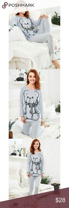 🎀🛍Drop Shoulder Dip Hem Tee & Leggings Pj Set 🎀🛍Drop Shoulder Dip Hem Tee & Leggings Pj Set  🎀Condition: New  🎀Material: 50% Cotton, 50% Spandex   🎀Measurements: Shoulder 23.2in Bust 39.4in Waist 18.1 - 27.6in Hip 29.9 - 37.8in Sleeve Length 14.6in Top Length 27.6in Pant Length 35in Unbranded Intimates & Sleepwear Pajamas