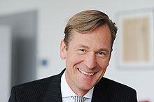"""#Mathias_Döpfner – Wikipedia """"Mathias Oliver Christian Döpfner (* 15. Januar 1963 in Bonn) ist Vorstandsvorsitzender des deutschen Medienunternehmens Axel Springer SE"""" #Digitalverlag"""
