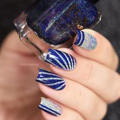 Celebrate holidays with popping bottles of champagne, unwrapping presents, sequin dresses, delicious food, and the most importantly good nail art. For today's collection we rounded up only the best and exciting ideas from all over the Internet for you to New Year's Nails, New Nail Art, Hair And Nails, Gel Nails, Food Nail Art, Nail Polish, Stylish Nails, Trendy Nails, Holiday Nails