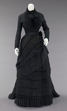 Mourning Dress  1870  The Metropolitan Museum of Art
