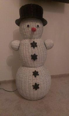 Sněhulák Snowman, Outdoor Decor, Home Decor, Journals, Tejidos, Snow, Homemade Home Decor, Interior Design, Home Interior Design
