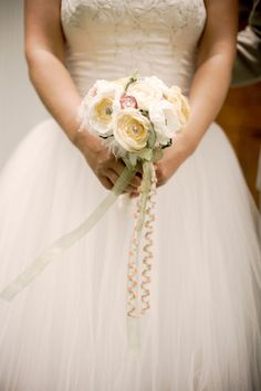 How to Make Floral Bouquets | Wedding Flowers Page 1