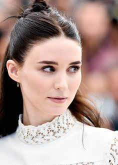 Rooney Mara attends the 'Carol' Photocall during the 68th annual Cannes Film Festival on May 17, 2015 in Cannes, France.