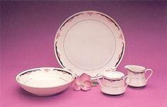 "Prelude : 5-Piece Starter Service Collection. 9"" round serving bowl, covered sugar bowl, creamer, 12"" round serving platter."