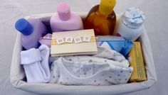 » BUDGET NEW BORN BABY GIFT BASKET (with Johnson's Baby Skincare products)