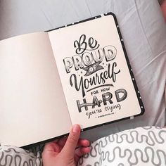 Calligraphy Quotes Doodles, Brush Lettering Quotes, Doodle Quotes, Hand Lettering Tutorial, Hand Lettering Alphabet, Typography Quotes, Bullet Journal Quotes, Bullet Journal Ideas Pages, Creative Lettering