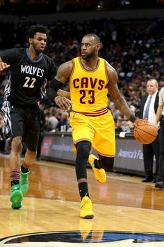 MINNEAPOLIS, MN - FEBRUARY 14: LeBron James #23 of the Cleveland Cavaliers handles the ball against the Minnesota Timberwolves on February 14, 2017 at Target Center in Minneapolis, Minnesota.