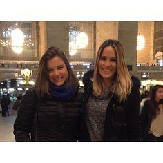 Hoje vai ao ar na @globointernacional a entrevista que a Fê fez comigo lá em Nova York  by alice.weg