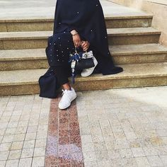 IG: LN_Abayas || IG: Beautiifulinblack || Modern Abaya Fashion || Abaya Fashion, Muslim Fashion, Fashion Wear, Modest Fashion, Girl Fashion, Fashion Outfits, Modern Abaya, Modele Hijab, Conservative Fashion