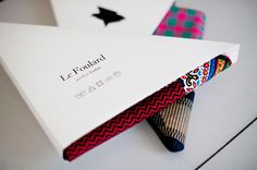 11 Awesome Scarf and Foulard Packaging Designs - Swedbrand Group Clothing Packaging, Fashion Packaging, Luxury Packaging, Brand Packaging, Box Packaging, Packaging Design, Branding Design, Scarf Packaging, Cardboard Packaging
