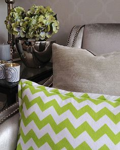 Mialiving chevron lime and velvet pillows #MIALIVING #mialiving #pillows Photo was taken in @华华 GREY New York Style Interiors Warsaw
