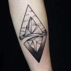 Tattoo by Miss Sita done at oneonine tattoo Barcelona Dot work geometry impossible solid black tattoos polygon