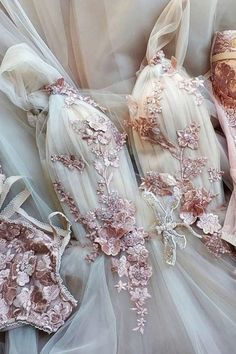Unique v neck tulle lace long prom dress tulle lace formal dress Dream Wedding Dresses, Bridal Dresses, Wedding Gowns, Prom Dresses, Tulle Prom Dress, Tulle Lace, Gold Dress, Cocktail Vestidos, Mode Outfits